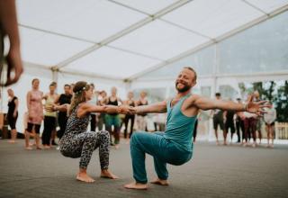 Männer Yoga
